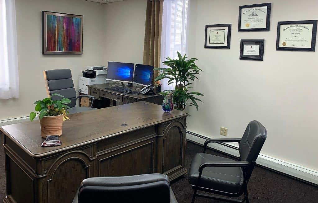 Office horz 020419